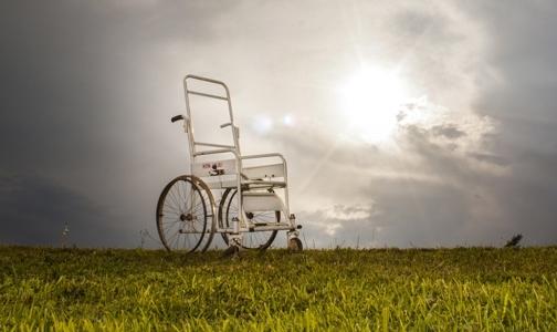 Петербургские ученые помогли поставить на ноги парализованного пациента
