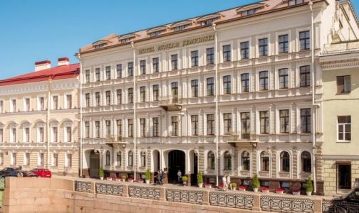 Сотрудники отеля «Кемпински» поступают в Боткинскую больницу с сальмонеллезом