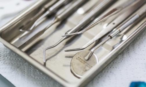 Прокуратура проверяет больницу Петрозаводска: петербургского хирурга подозревают в проведении нелегальных пластических операций