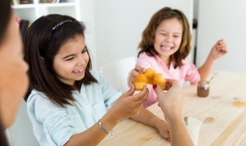 В Петербурге откроют «горячую линию» для жалоб на питание в школах и детсадах