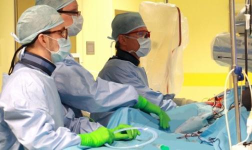 В Центре Алмазова прооперировали пациента с аневризмой диаметром более 8 см