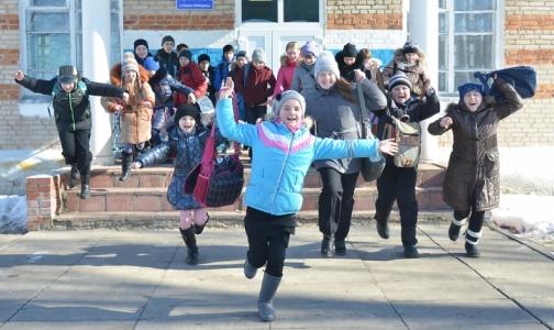 Из-за гриппа и ОРВИ петербургским школьникам увеличили весенние каникулы