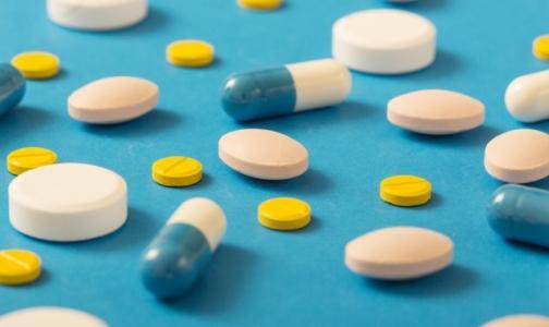 Мнения разошлись: ЗакС не согласен с объяснением Смольного о причинах нехватки лекарств