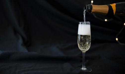 Эксперты рассказали, как выбрать правильное шампанское к новогоднему столу