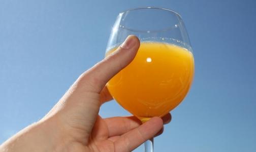«Недоапельсин»: Среди апельсиновых соков нашли фальсификат
