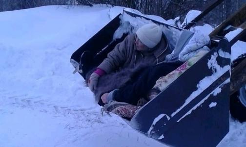 В Татарстане женщину с гипертоническим кризом «госпитализировали» в ковше экскаватора