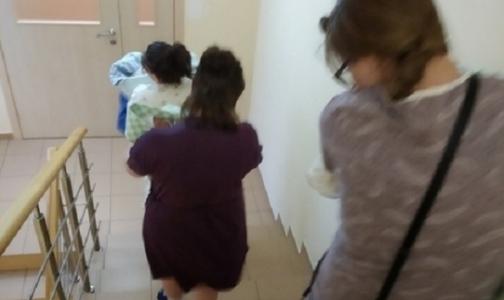 Мам с новорожденными эвакуируют из Перинатального центра им. Алмазова