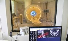 Почему в Петербурге аппаратов МРТ и КТ много, а очереди на обследование не сокращаются