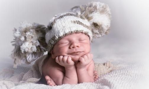 Третий дороже второго: В Ленобласти за рождение детей будут платить по-разному