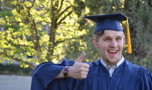 Напутствие абитуриентам от студентов-медиков: Это дурная, неблагодарная, жизнерадостная профессия