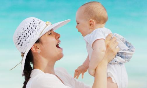 Почти каждый второй россиянин хотел бы тратить маткапитал на лечение матери и ребенка