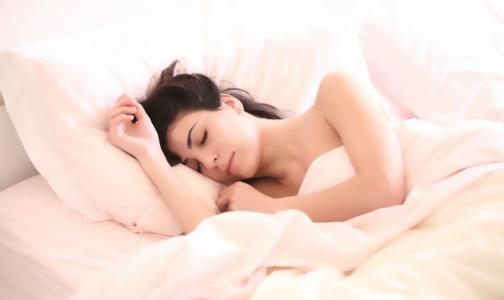 Сомнологи: Женщины стали втрое чаще видеть эротические сны