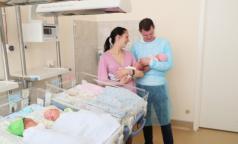 Петербурженке, родившей четверню, подарили трехкомнатую квартиру