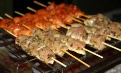 Ученые запретили мыть мясо перед приготовлением
