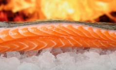 Россиян могут лишить свежей рыбы. В магазинах останется только размороженная