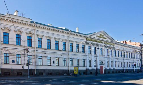 Петербургские медицинские долгострои снова обещают завершить