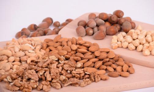 В Роспотребнадзоре перечислили самые полезные орехи