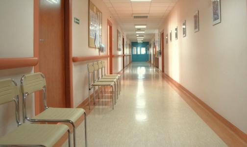 Минтруд хочет обязать частные клиники лечить пенсионеров бесплатно