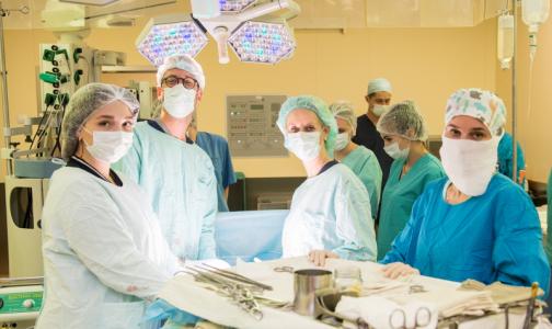Петербургские хирурги научили американцев удалять опухоль в открытых операциях