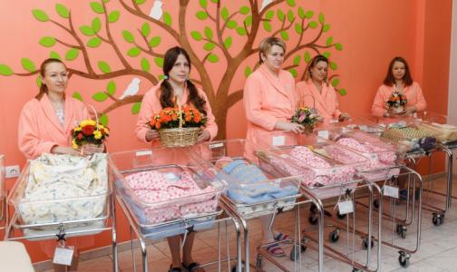 В петербургском роддоме за неделю родились шесть пар двойняшек