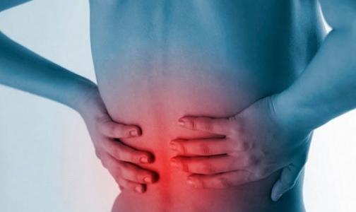 Тупая и надоедливая боль в спине. Врачи описали первый признак рака поджелудочной железы