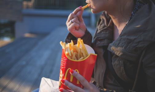 Росстат: Почти половина россиян болеет из-за еды