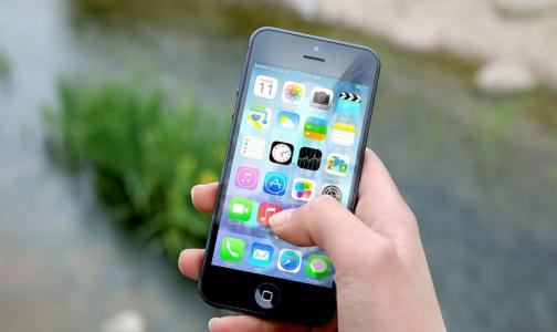 Роспотребнадзор: Чтобы сохранить здоровье, лучше писать СМС, чем разговаривать по телефону