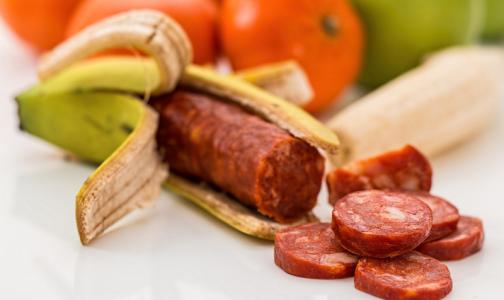 В сырокопченой колбасе нашли ДНК лошади и нитраты