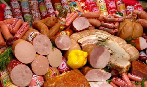 Много жира, мало белка: петербургские общественники проверили вареную колбасу