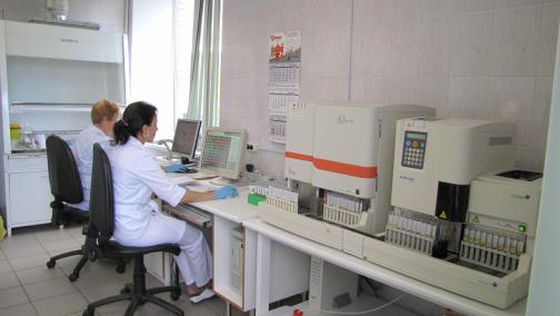 В Николаевской больнице объяснили, как правильно «сдавать анализы»