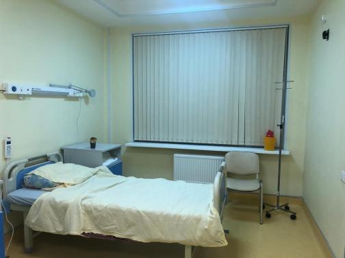«Вы абсолютно здоровы, но мы вас не отпустим»: петербурженок принудительно забирают из домов в коронавирусный карантин