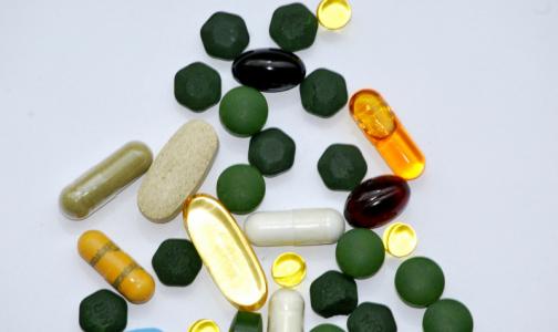 В России вступил в силу закон о ввозе незарегистрированных препаратов