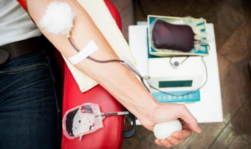 Петербургских доноров коронавирус не пугает. Дефицита крови пока нет