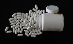 Петербуржцам с ВИЧ самоизоляция не нужна? Им приходится ездить за лекарствами вдвое чаще, чем прежде
