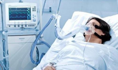 Минздрав: В России умирает каждый второй пациент с коронавирусом на ИВЛ