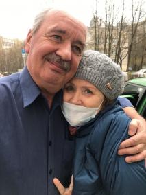 Петербурженка с тяжелой пневмонией и COVID-19 после двух недель на ИВЛ отправила своим спасителям торт