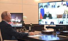 Глава Роспотребнадзора заявила о выходе страны на плато, Путин - о второй волне