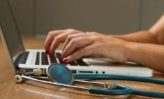 «Тайные пациенты». Как юристы получали онлайн-консультации врачей в частных клиниках Петербурга