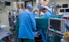 Петербургский педиатр умерла после неудачной пластической операции. Хирурга отправили под домашний арест в день ее похорон