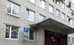 Городскую поликлинику № 56 оштрафовали на сто тысяч за отсутствие СИЗов. Там заразились коронавирусом 17 сотрудников