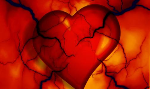 Кардиолог назвал шесть признаков слабого сердца