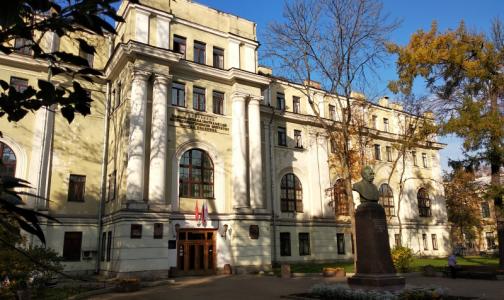 Петербургские медики вернули к жизни пациентку, несколько месяцев находившуюся в коме